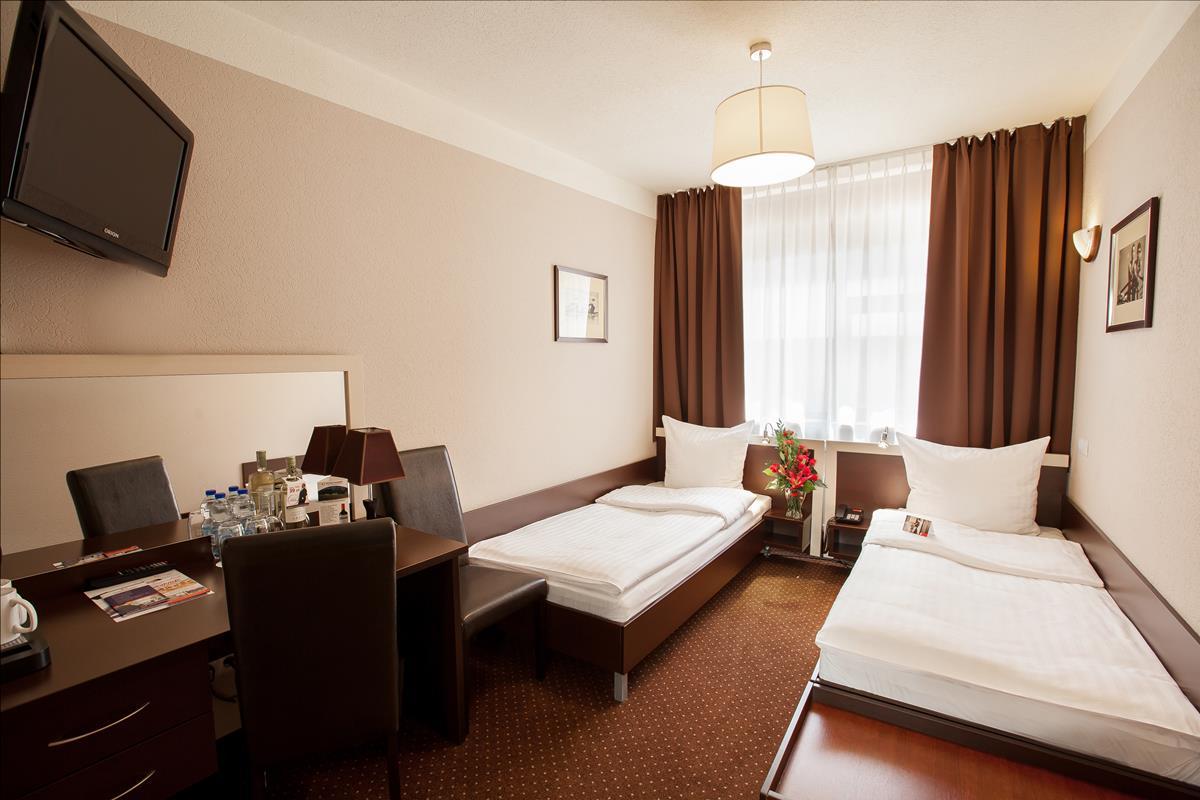 Hotel-Diament_Spodek-2standard-3