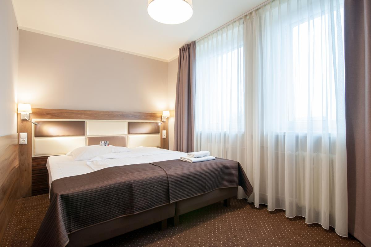 Hotel-Diament_Zabrze-12