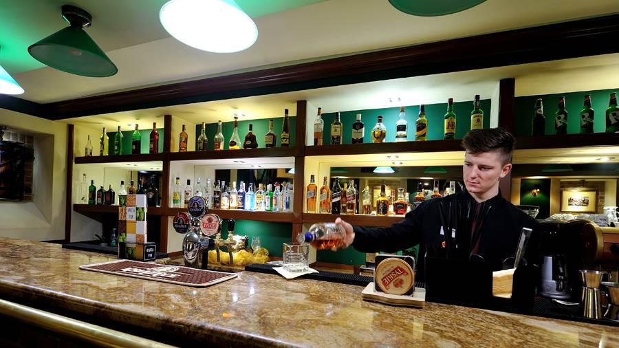 Arsenal_Bar (4)