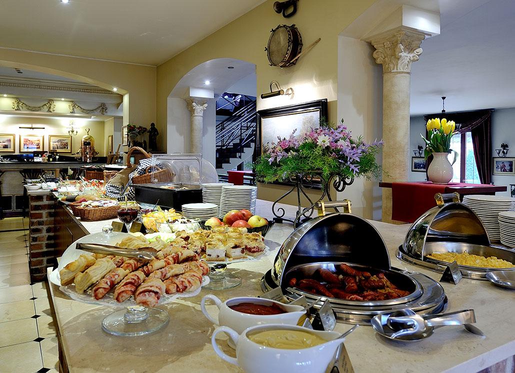 Śniadanie Hotel DiamentArsenal Palace