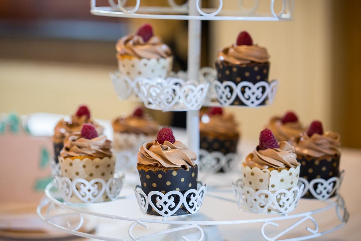 Przysmaki na stole podczas wesela w Hotelach Diament